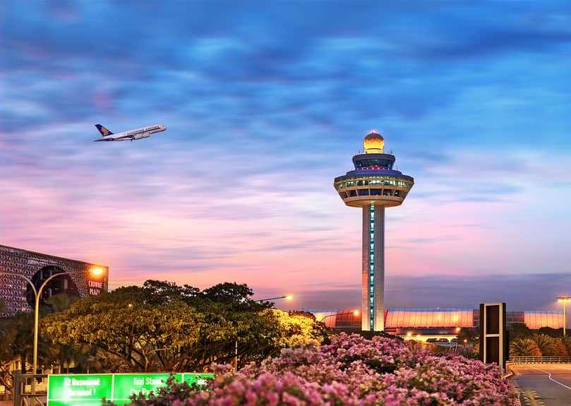 Why is Changi Airport (Singapore) considered as the best airport?