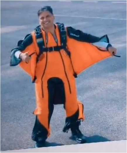 Who becomes the first IAF pilot to complete wing-suit skydive jump?