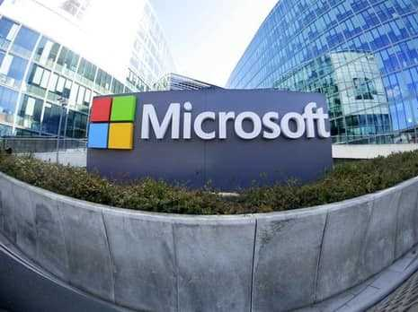 where is the Headquarters of microsoft office located?