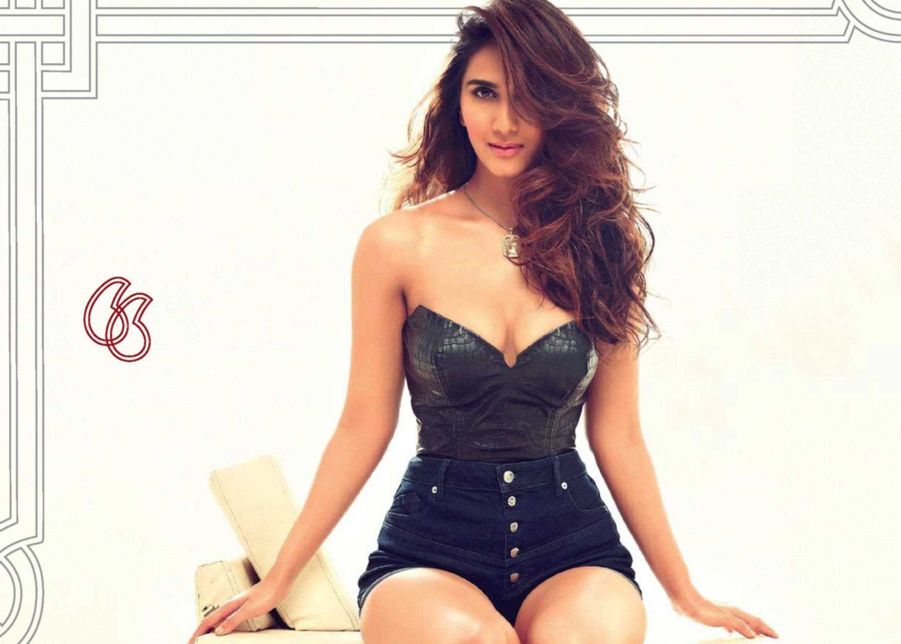 Why do people criticize Vaani Kapoor?